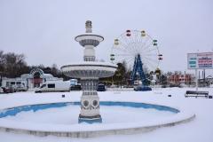 фонтан зимой